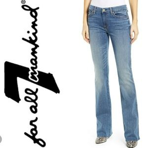 7 For All Mankind A Pocket Flare Light Wash